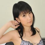 yumi_kashiwagi427x427.jpg